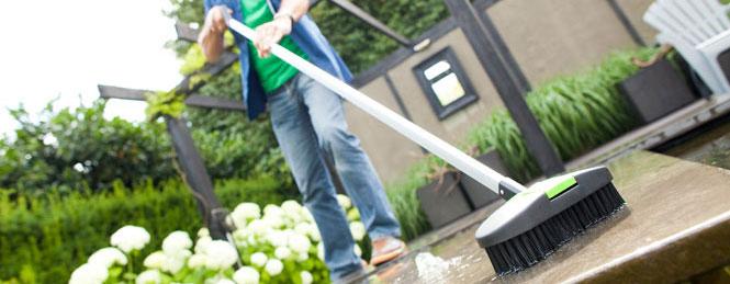Vijveronderhoud voorjaar: geef je vijver aandacht!